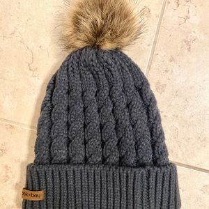 Charcoal knit hat with pom